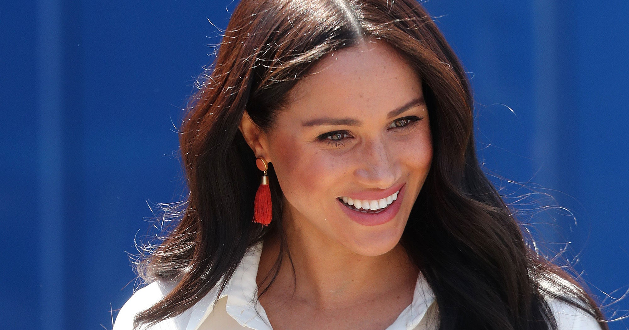 "Meghan Markle Models Sustainable Style In First Appearance With Harry Since ""Megxit"""