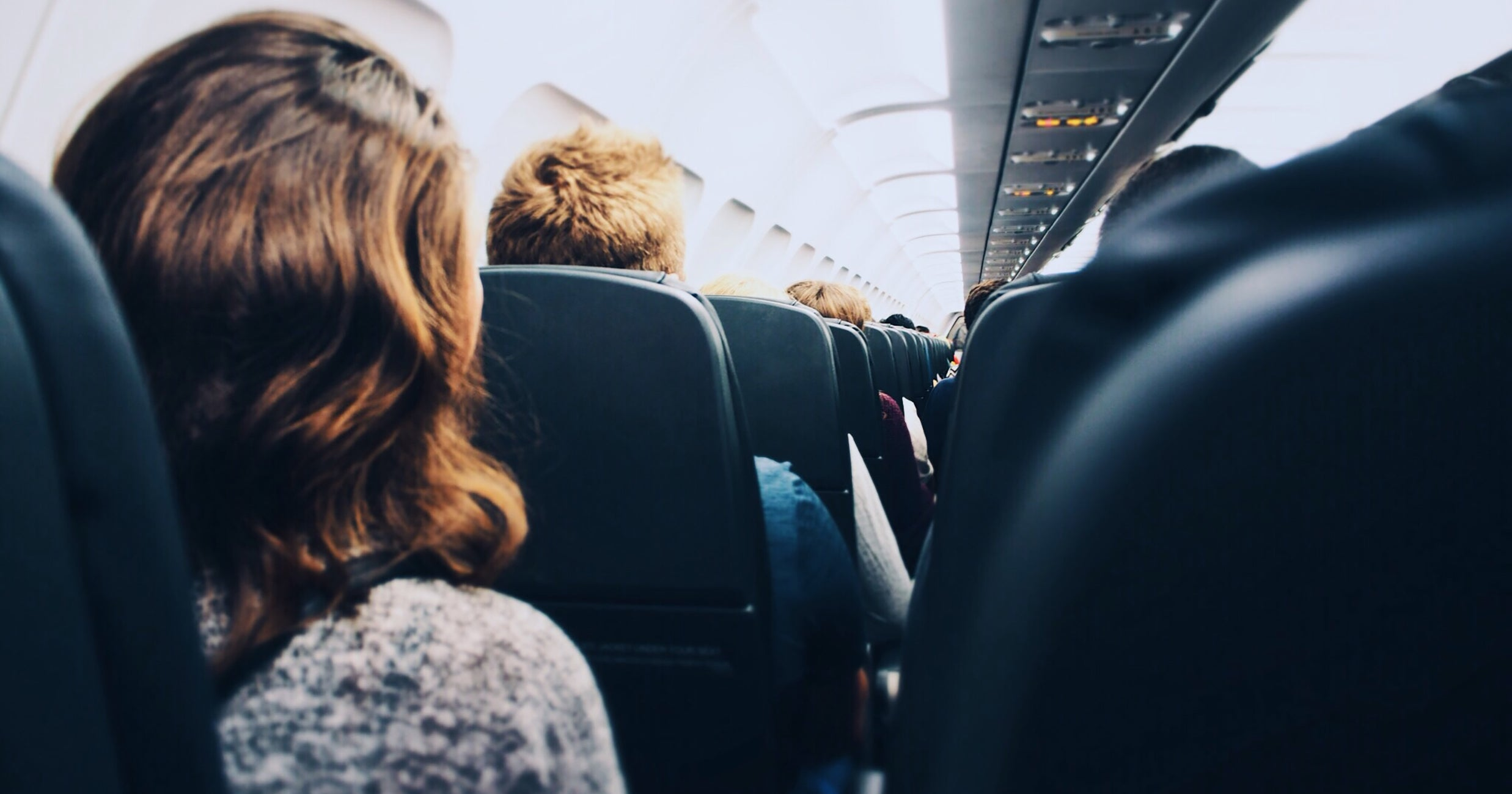An Etiquette Expert Weighs In On That Viral Seat Reclining Drama