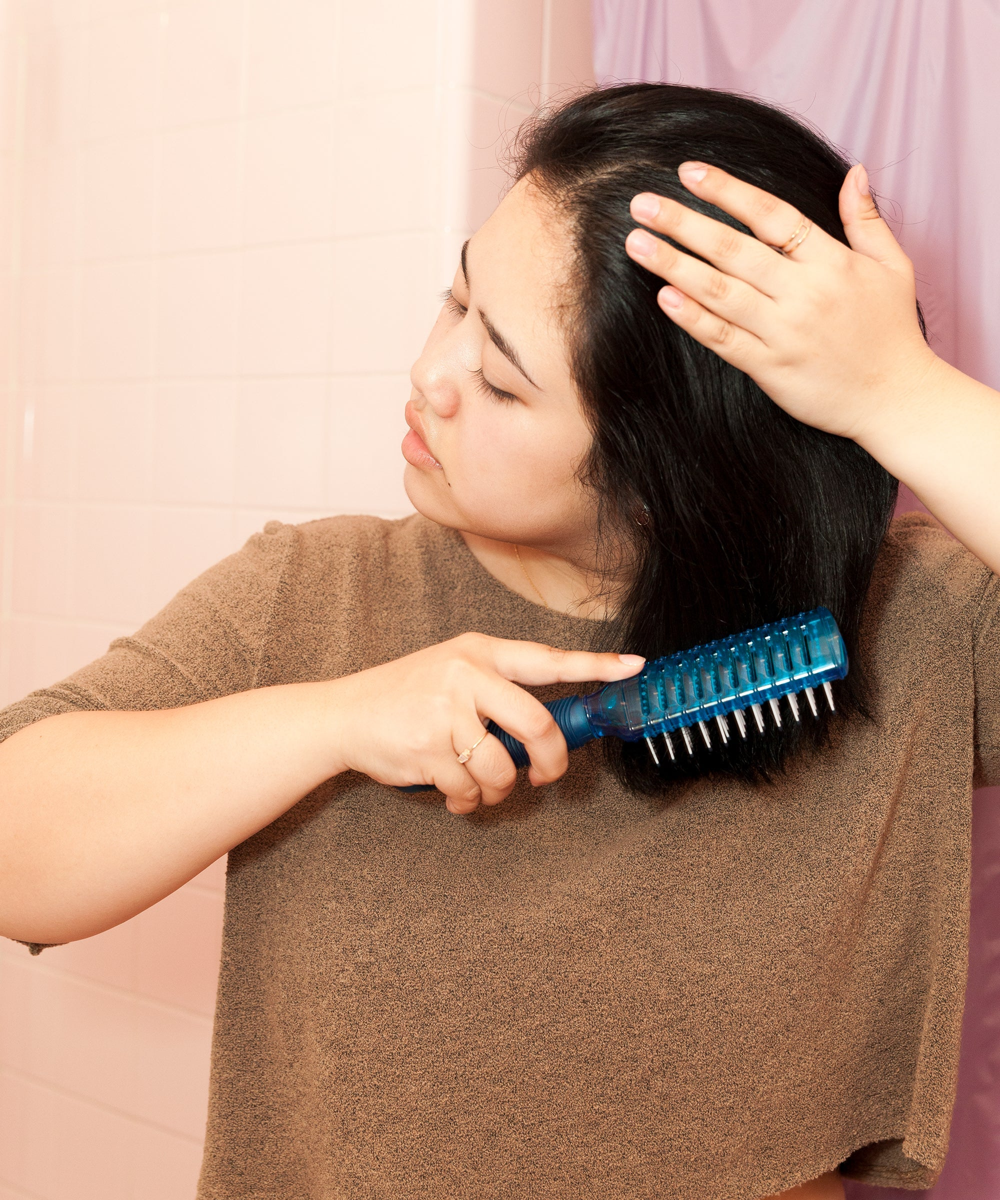 How To Cut Your Own Hair At Home - Tips From The Pros