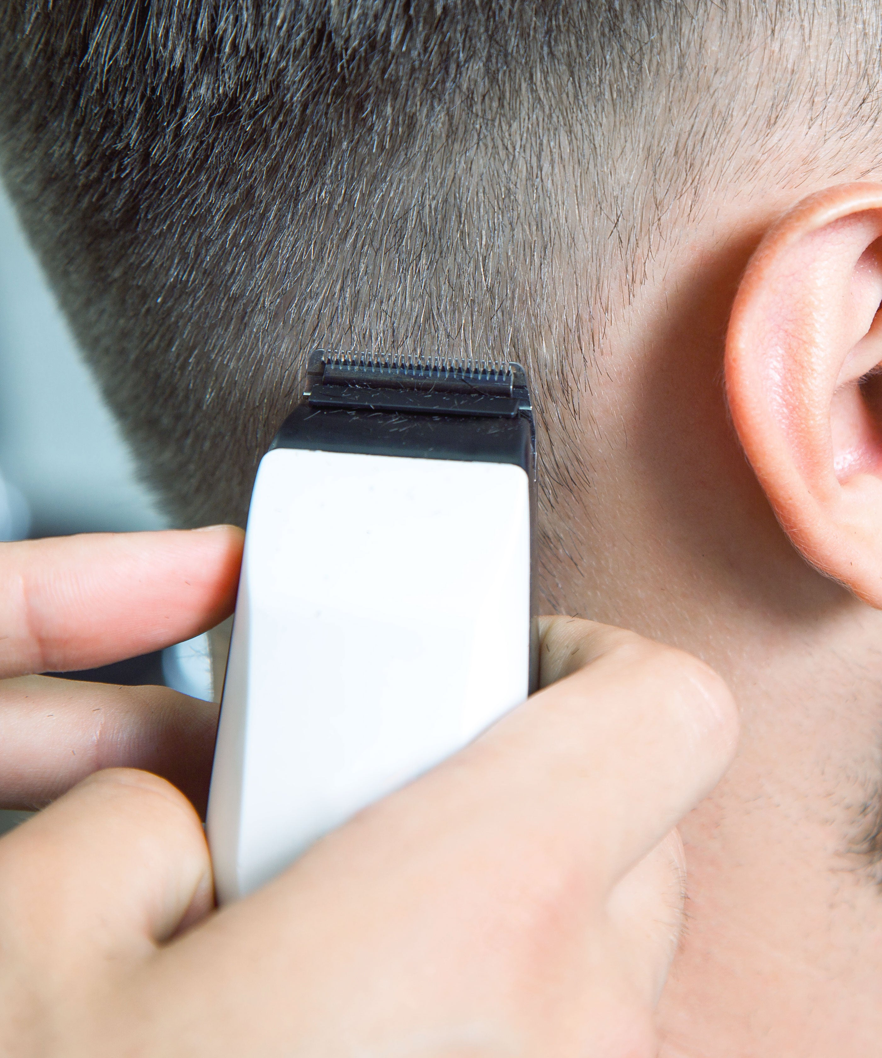How To Cut Mens Hair At Home In Quarantine: Barber Tips