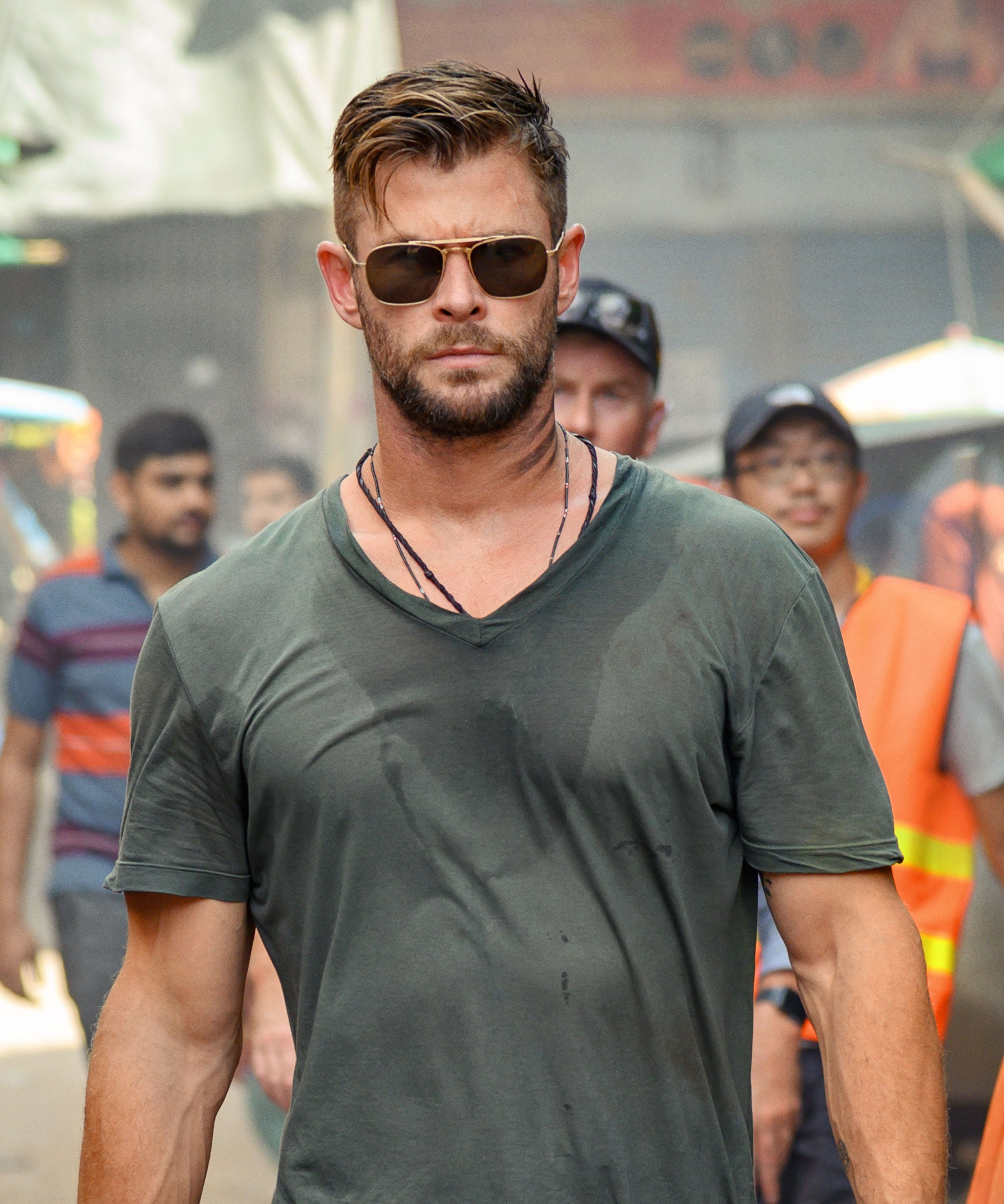 Chris Hemsworth Stars In Violent Extraction Trailer