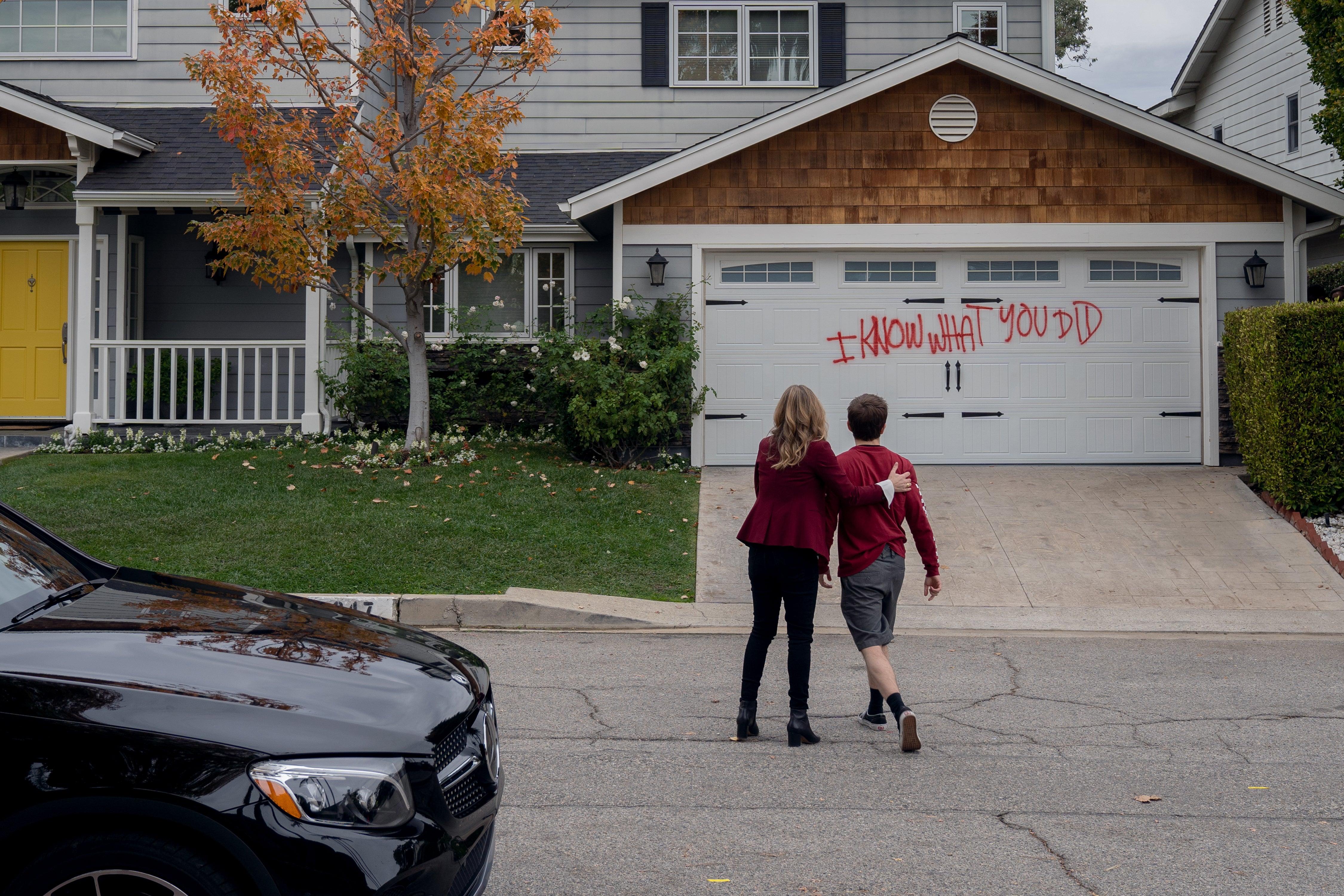 Netflix Dead To Me Season 2 Recap Episodes 1 Through 10