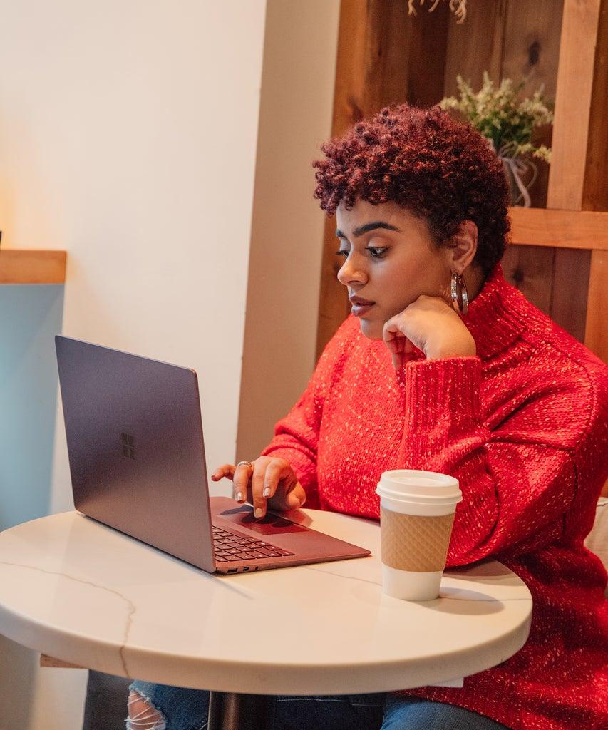 8 Tipps, damit dein virtuelles Vorstellungsgespräch ein voller Erfolg wird