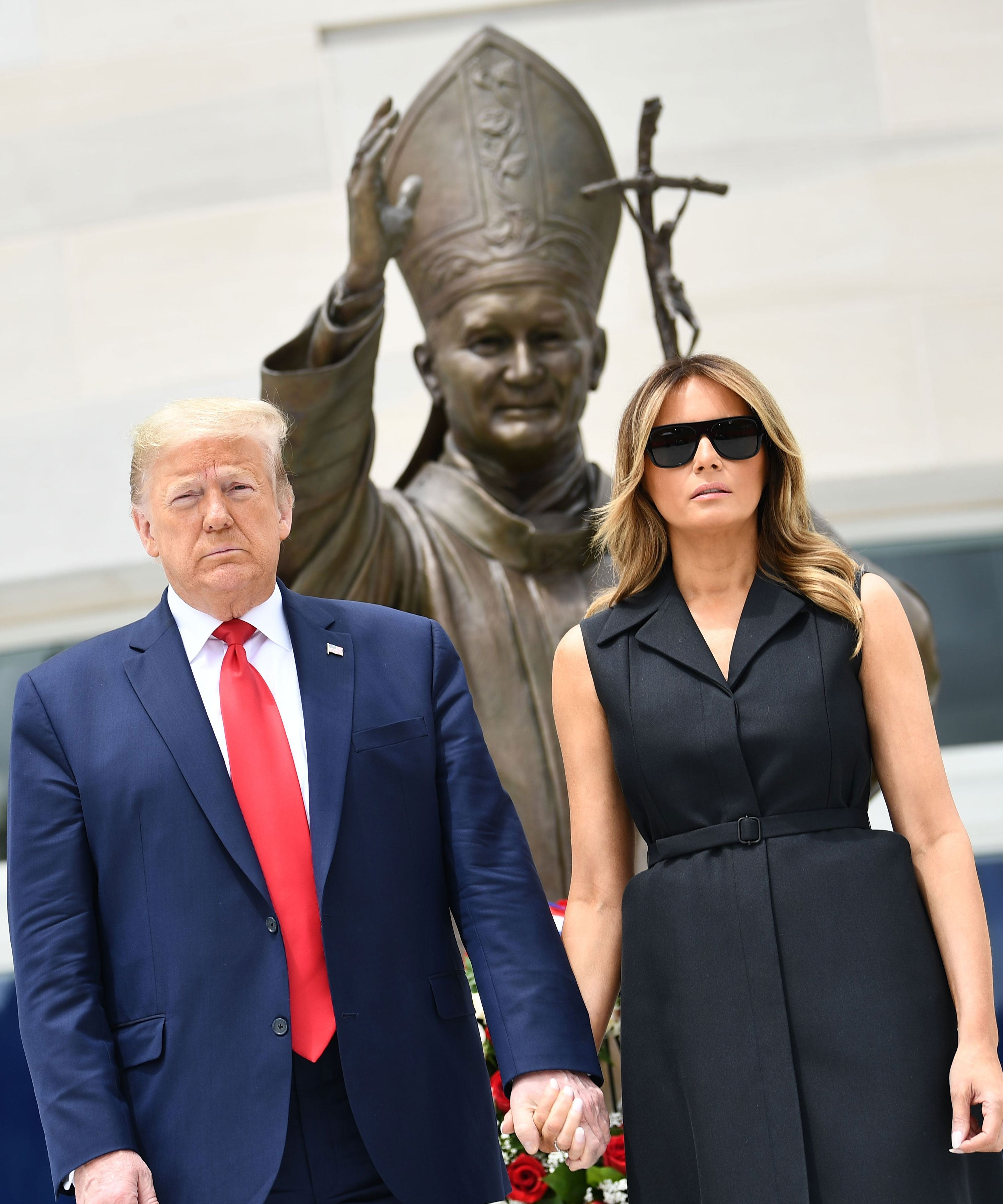 Melania & Trump Religious Photos Are Straight Up Creepy