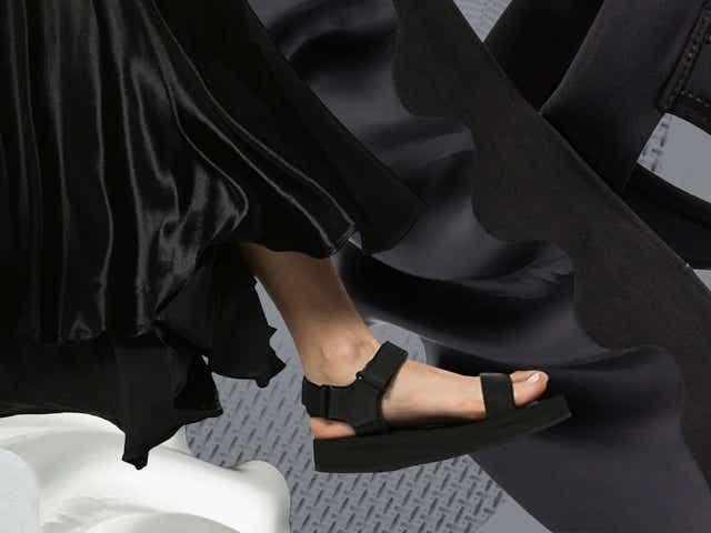 Black sandals 2020