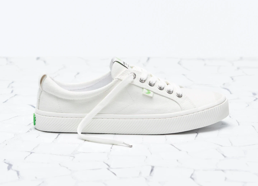 white canvas runners