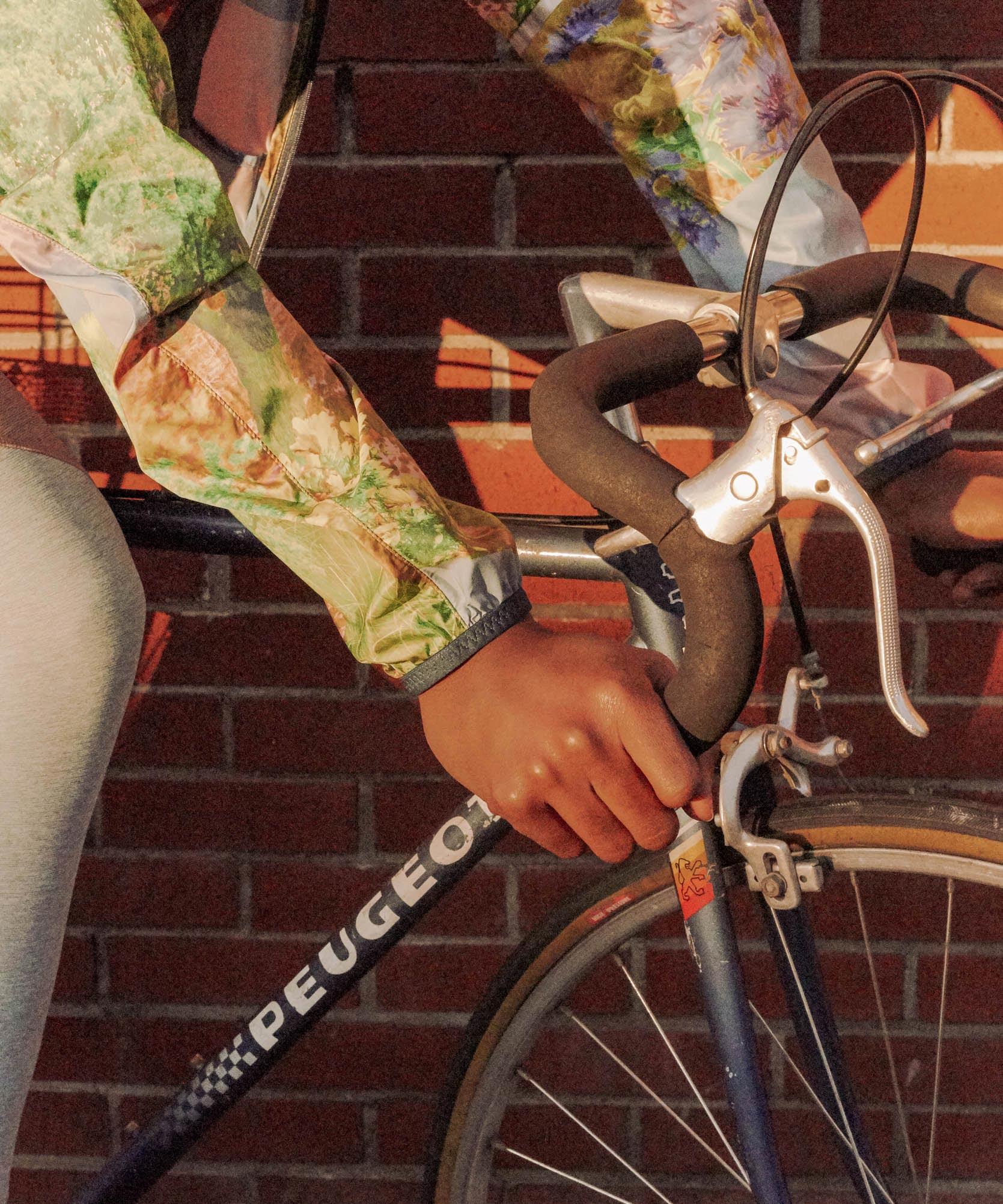 Bicycle Cycling Sticker Decal Green Guru