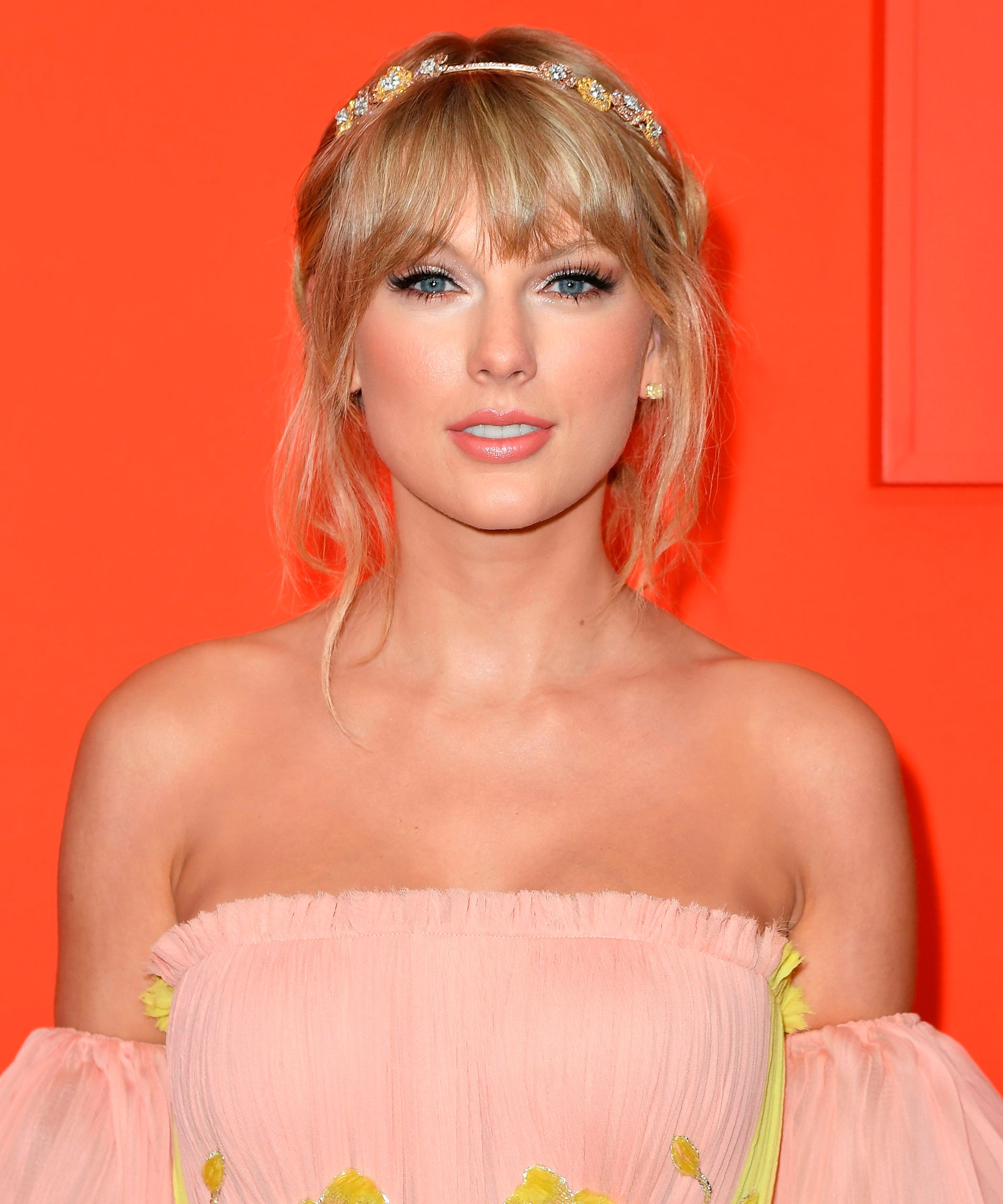 Taylor Swift Wears Braided Buns In New Folklore Album